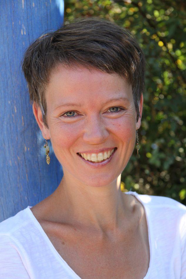 Dipl.-Psychologin Michaela van de Loo, psychologische Beratung sowie Hilfe bei Kinder erziehen ohne schreien und strafen